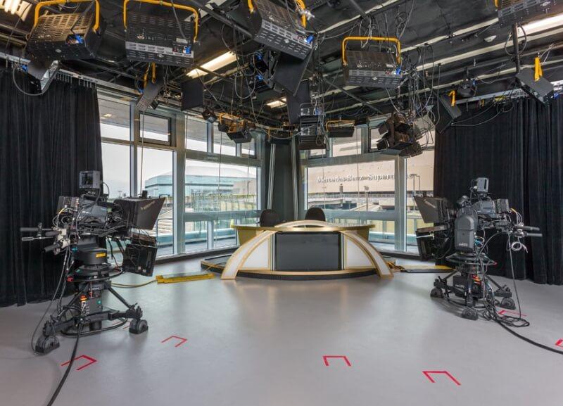 WVUE Fox 8 studio overlooking the Superdome