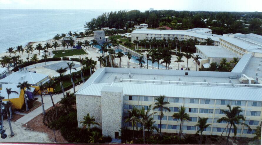 Lucayan Plaza Resort, Grand Bahamas